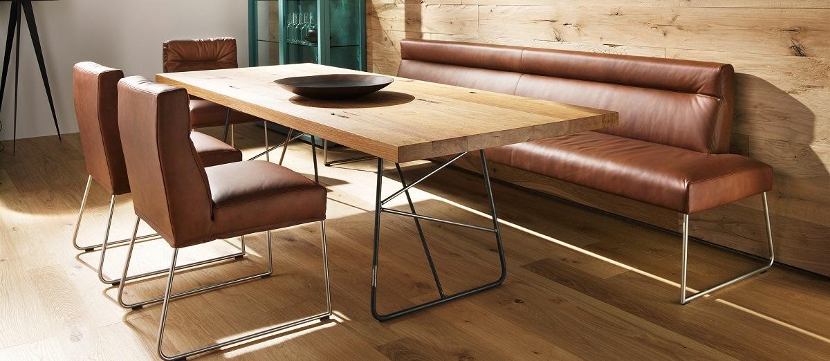 eckbank nussbaum die neuesten innenarchitekturideen. Black Bedroom Furniture Sets. Home Design Ideas